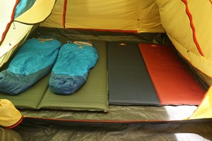Матрасы и полы в палатку